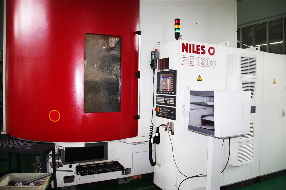 NILS 1.2米磨齿机